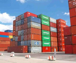 a listening fluency story about shipping containers