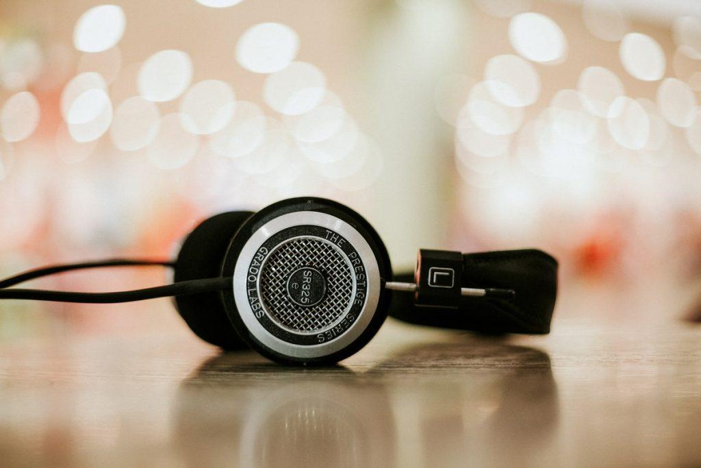 ESL listening course